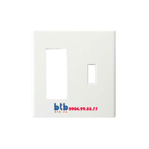 Panasonic Mặt góc vuông dùng cho 1 CB và 3 thiết bị FB7842H